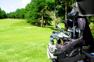 How to organize clubs in golf bag